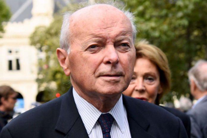 Toubon s'inquiète d'une proposition de loi sur la rétention des migrants