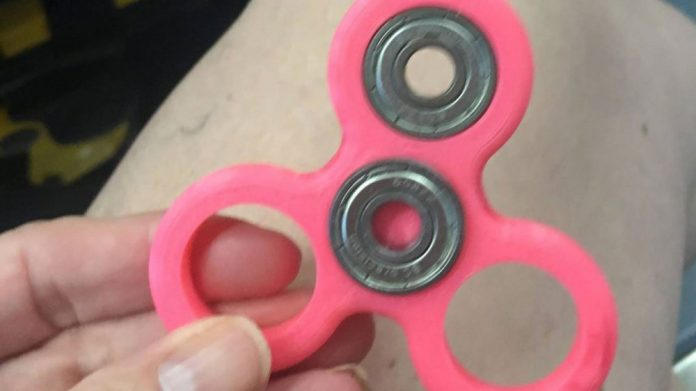 Hand Spinner dangereux jouet?