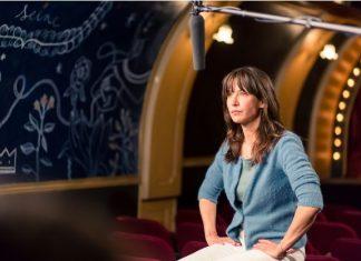 Élevage batterie : Sophie Marceau interpelle les députés (Vidéo)