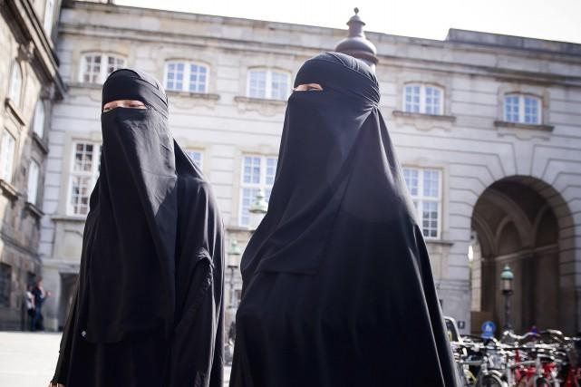 Interdiction du voile intégral au Danemark