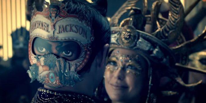 Michael Jackson : Clip inédit Behind the Mask (2010) mis en ligne