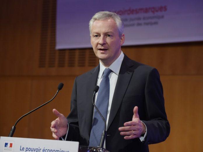 Bruno Le Maire veut plus d'efforts sur les frais bancaires (Détail)
