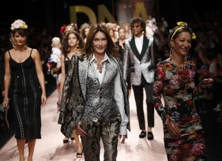 Carla Bruni sur le podium de Dolce & Gabbana (Photo)