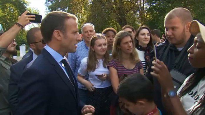 Macron fait la leçon à un jeune chômeur (Vidéo)