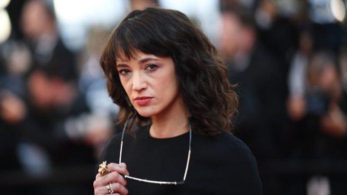 Asia Argento reconnaît une relation sexuel avec Jimmy Bennett