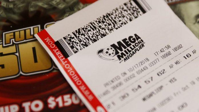 Méga loterie jackpot remporté, Quelqu'Un A-Gagner La Somme De 1,6 Milliard