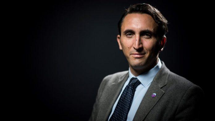 """Islam : Julien Aubert propose d'adopter un prénom """"national"""""""