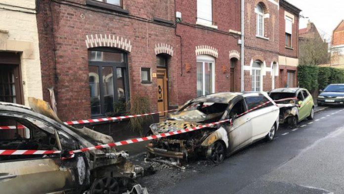 Bilan des gilets jaunes à Paris : 55 voitures brûlées (Détail)