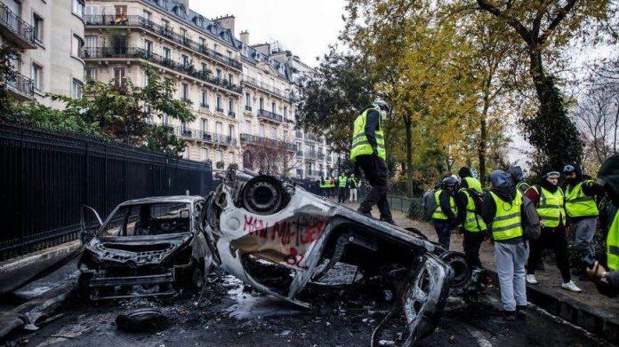 Le bilan des violences du 1er décembre à Paris des gilets jaunes