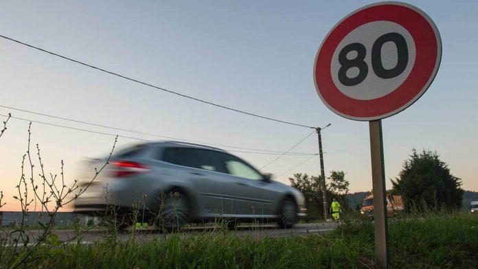 Castaner n'exclut plus un retour des 90 km/h (Détail)