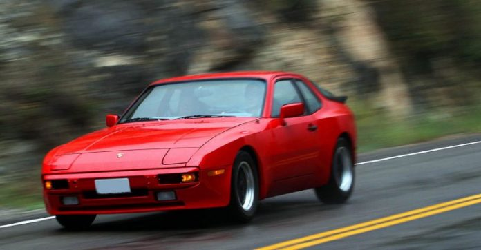 Sans permis à 162 km/h à 75 ans au volant d'une Porsche