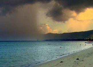 Thaïlande, Tempête Pabuk : les touristes quittent les îles menacées