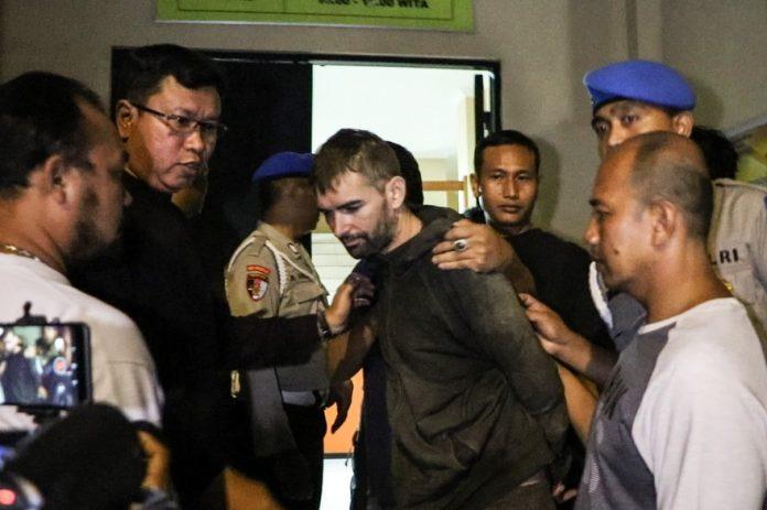 Félix Dorfin capturé en Indonésie après une cavale de 11 jours