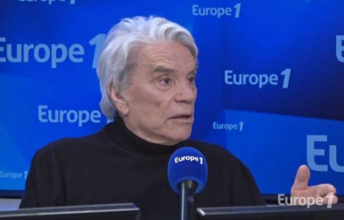 Bernard Tapie quitte Europe 1 à l'évocation des accusations