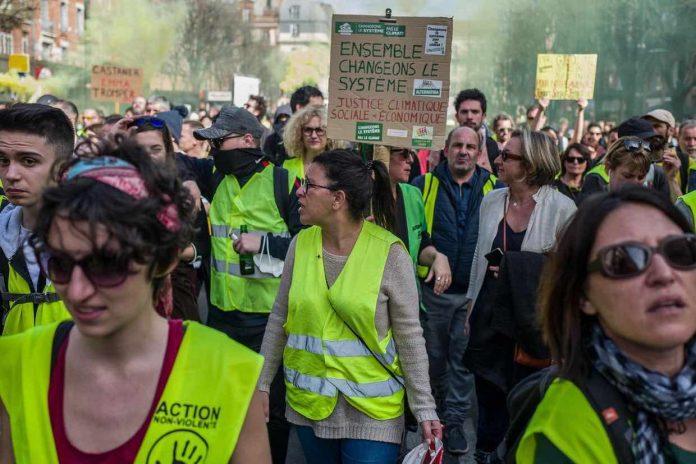 Gilets jaunes acte 19 : interdictions de manifester limitée au Capitole