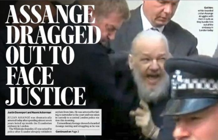 Julian Assange arrêté à l'ambassade d'Equateur à Londres (détail)