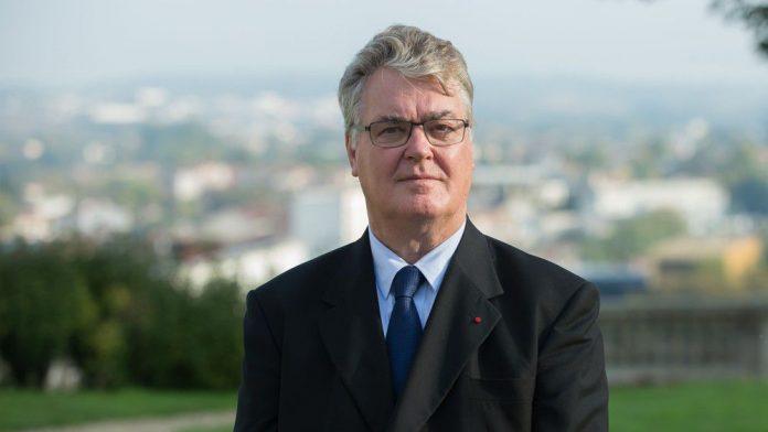 Réforme des retraites : Jean-Paul Delevoye menace de démissionner (détail)