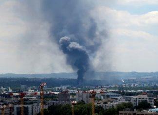 Incendie de l'usine Lubrizol: 4.252 tonnes de produits ont brûlé