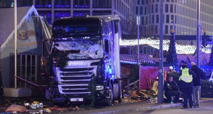 Attentat à Berlin: Un camion fonce sur le marché de Noël, Plusieurs morts