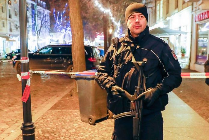 Allemagne : le marché de Noël évacué en raison d'un colis suspect