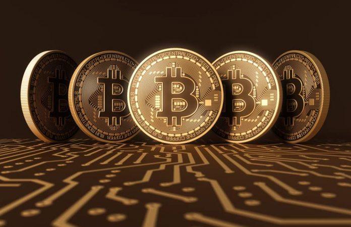 La valeur du bitcoin s'envole, les Français sont appelés à « la plus grande vigilance »