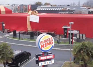 Le gros cadeau de Burger King à Sullyvan (Video)