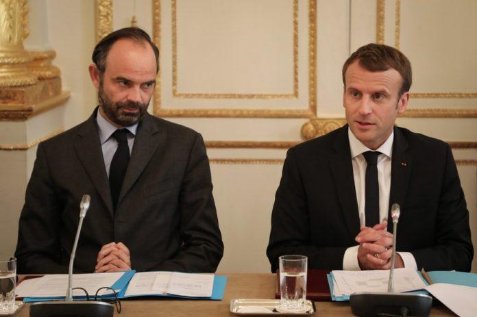 Baisse de popularité d'Emmanuel Macron en janvier 2018
