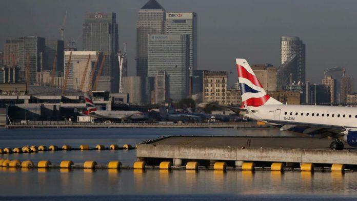 Aéroport de Londres fermé : Une bombe de la 2e guerre mondiale découverte dans la Tamise