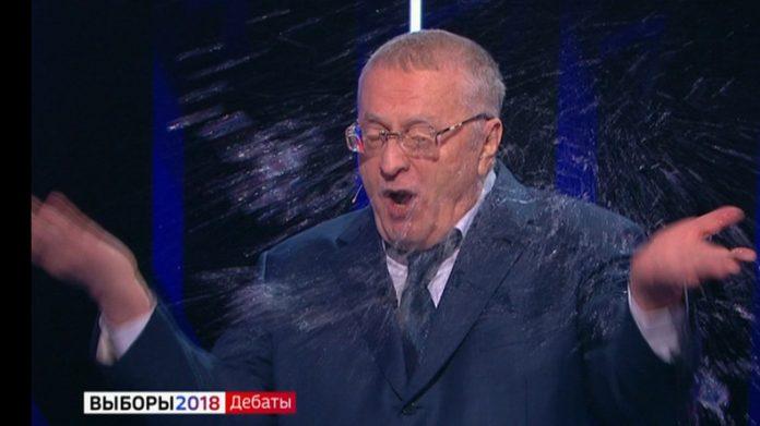 Les débats de l'élection en Russie qui dégénère