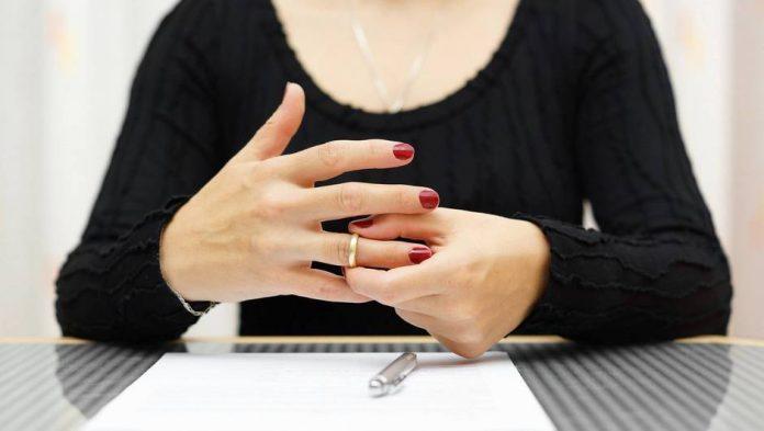 Aix-en-Provence : Mariage annulé à cause d'un marié qui ne sourit pas assez