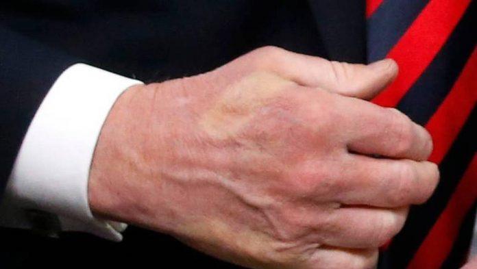 La poignée de mains Macron-Trump au G7 fait jaser