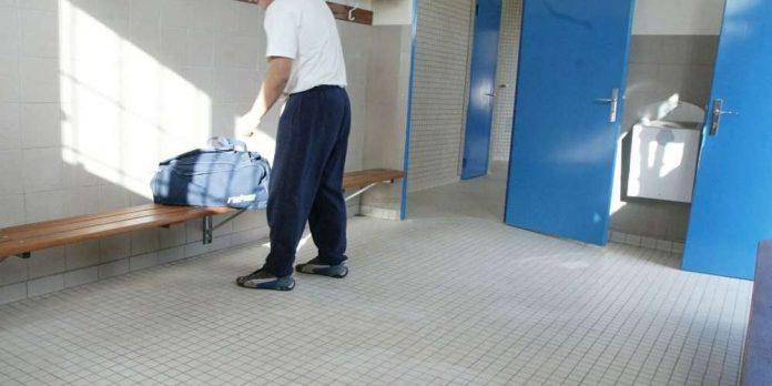 Roland-Garros : Vols dans les vestiaires, Qui est le kleptomane ?