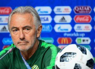 Van Marwijk tacle l'équipe de France