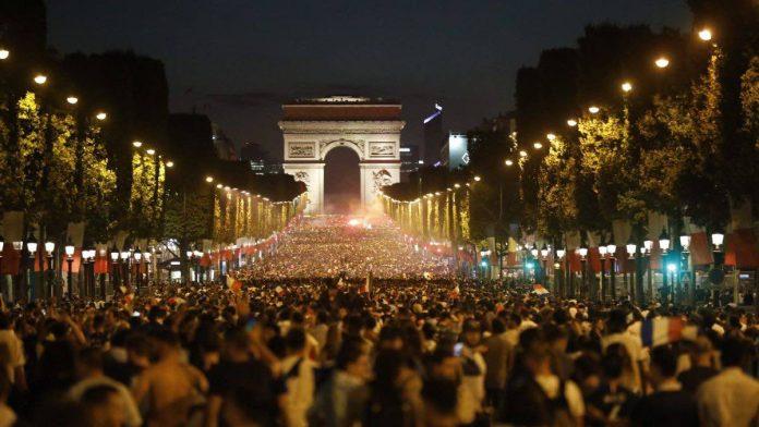 Coupe du monde : Des incidents sur les Champs-Elysées
