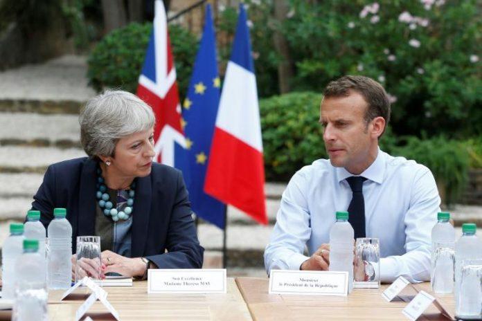 Brégançon : May cherche du soutien d'Emmanuel Macron