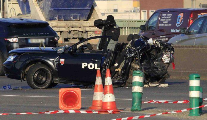 Enquête policier après une course-poursuite mortelle à Paris