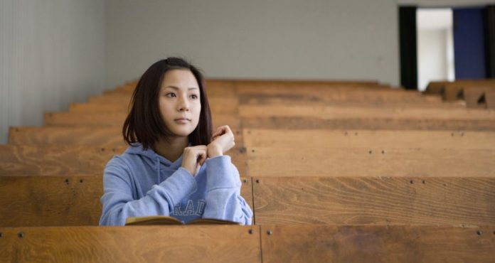 Japon : Une école aurait baissé les notes des femmes