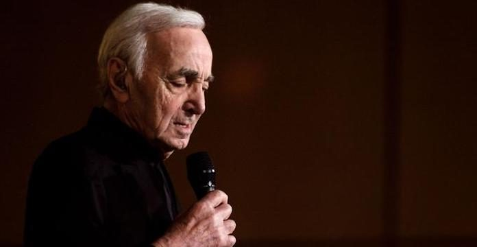 Charles Aznavour : Mort du dernier géant de la chanson française