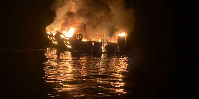 Californie : un incendie a ravagé un bateau de tourisme