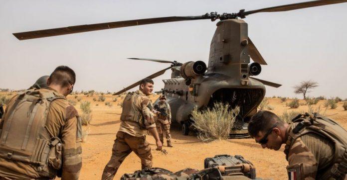 Accident d'hélicoptère : Treize militaires français tués au Mali