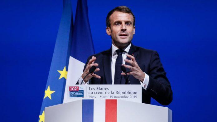Emmanuel Macron face au Congrès des maires de France (détail)