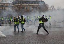 Gilets jaunes : brefs incidents à Paris pour l'acte LVI (détail)