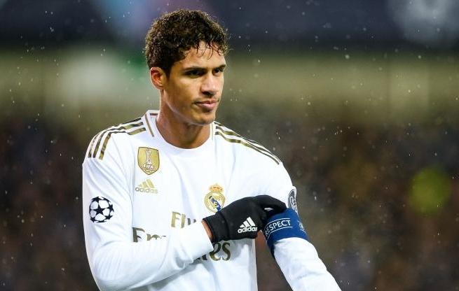 Real Madrid - Fc Barcelone : l'arbitrage du Clasico fait polémique (détail)