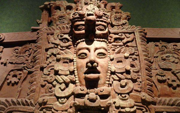 Un palais maya millénaire près de Cancun (Vidéo)