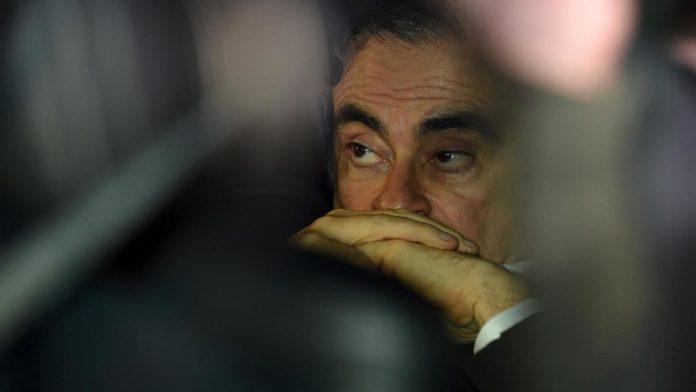 Ghosn a bafoué la justice japonaise, dénonce Nissan (détail)