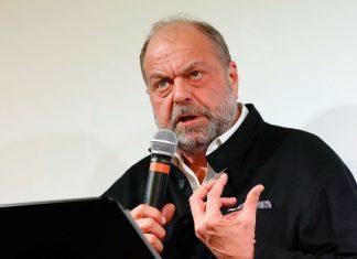 Dupond-Moretti va demander à Macron l'asile politique pour Assange (détail)