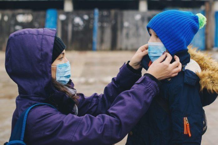 Actualités Coronavirus : la France est désormais au stade 3 de l'épidémie