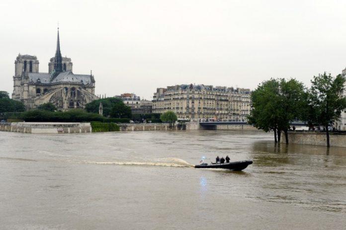 La crue de la Seine à Paris vue des réseaux sociaux (détail)