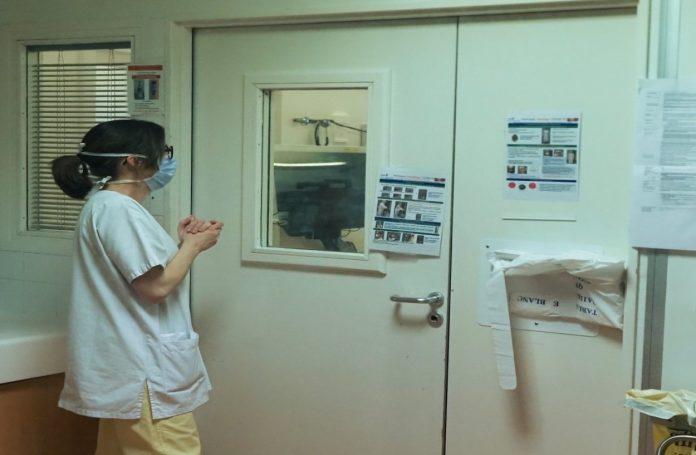 Actualités Coronavirus : 588 décès à l'hôpital en 24 heures
