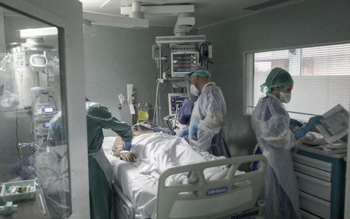 Actualités Coronavirus : 7560 morts en France, dont au moins 2028 dans les Ehpad